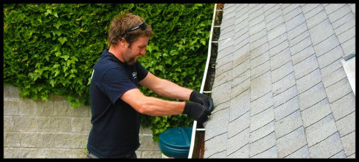 gutter-cleaning-maple-ridge